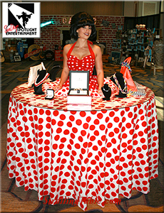 polka dot strolling table