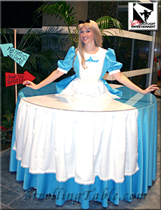 Alice strolling table